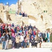 كلية الهندسة تقوم بزيارة ميدانية إلى قلب البلدة القديمة إحياءً للذكرى الثالثة والعشرون لمذبحة الحرم الإبراهيمي