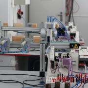 توريد تجهيزات لمختبرات كلية الهندسة في مجال الطاقة المتجددة