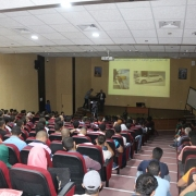 """دائرة الهندسة الميكانيكية في كلية الهندسة - جامعة بوليتكنك فلسطين وبالتعاون مع الفرع الطلابي للميكانيكيين العالميين تُنظّمان ندوة بعنوان: """"منهجيّة شراء مركبة جديدة أو مستعملة""""."""